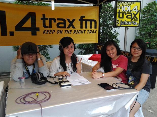 TraxFM news Lois1