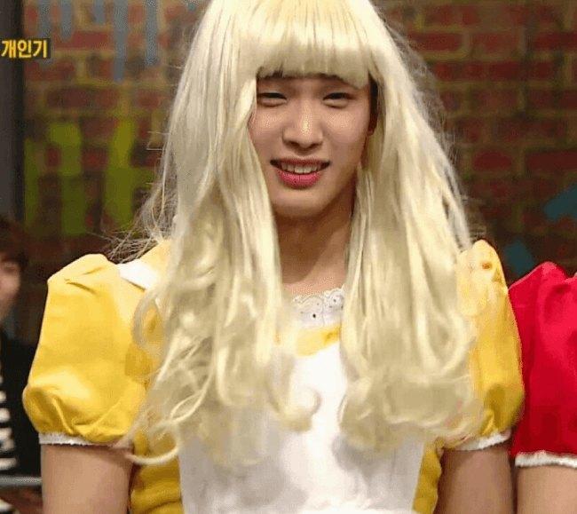 Foto Terbaru Blackpink: Heboh! V BTS Tertangkap Kamera Bermesraan Bersama Kekasih