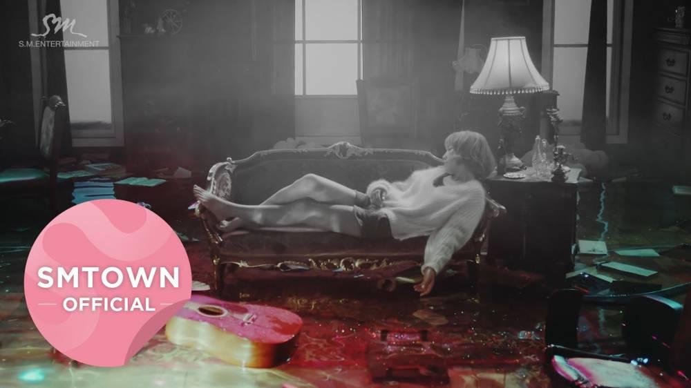 Taeyeon SNSD tidur elegan di teaser kedua music video 'Rain' 2