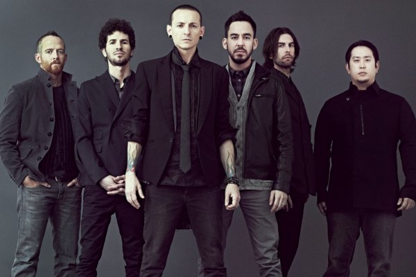Radio Anak Muda_Chester Bennington saat masih bersama Linkin Park