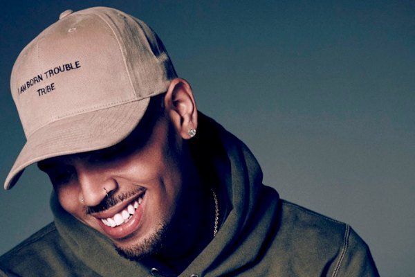 Radio Anak Muda_Chris Brown