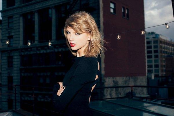 Radio Anak Muda_Taylor SwiftRadio Anak Muda_Taylor Swift