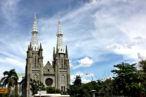 Radio Anak Muda_Gereja Katedral