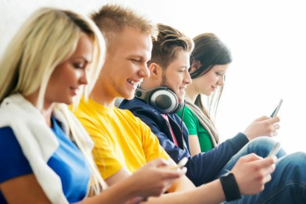 Radio Anak Muda_Aplikasi