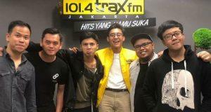 Ardhito Pramono dan Nidji di Trax FM Jakarta