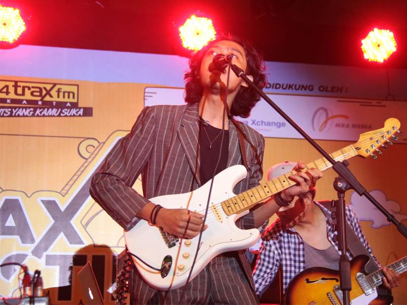Pamungkas di Traxkustik Festival_Trax FM