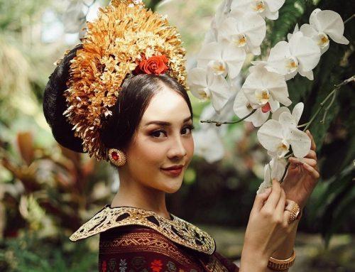 Potret Paras Cantik Anya Geraldine Pakai Baju Pengantin Bali