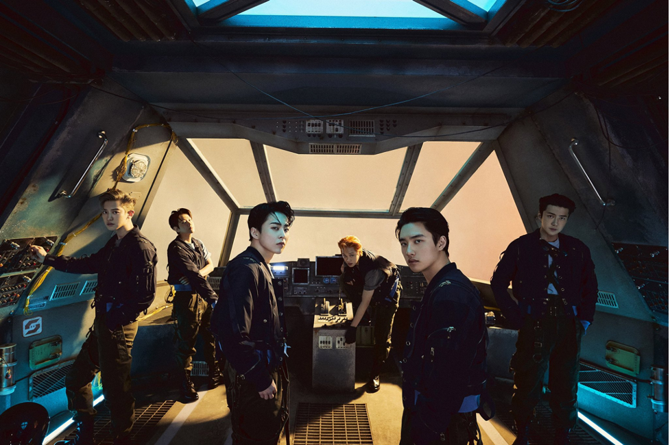 """EXO """"Don't Fight The Feeling"""" Raih Million Seller ke-6"""
