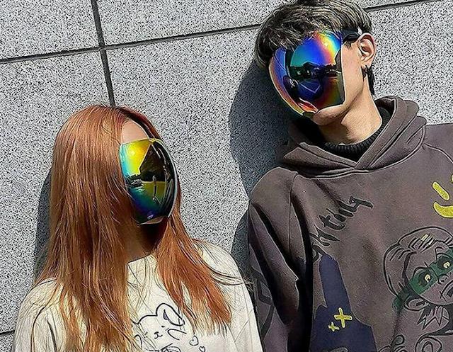 Kacamata Dari Jepang Ini Punya Desain Mirip Visor Helm